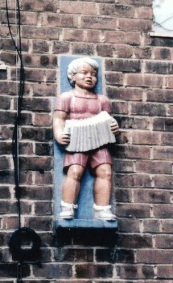boy statue-1 2