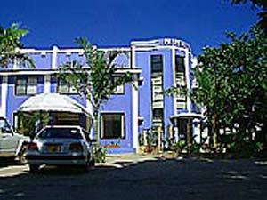 palm-beach-hotel-frontsm